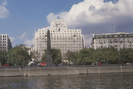 Shell Mex House on the River Thames in London, England, 1961. In front of it is Victoria Embankment Gardens and Cleopatra's Needle [Harvey Meston/Archive Photos/Getty Images]