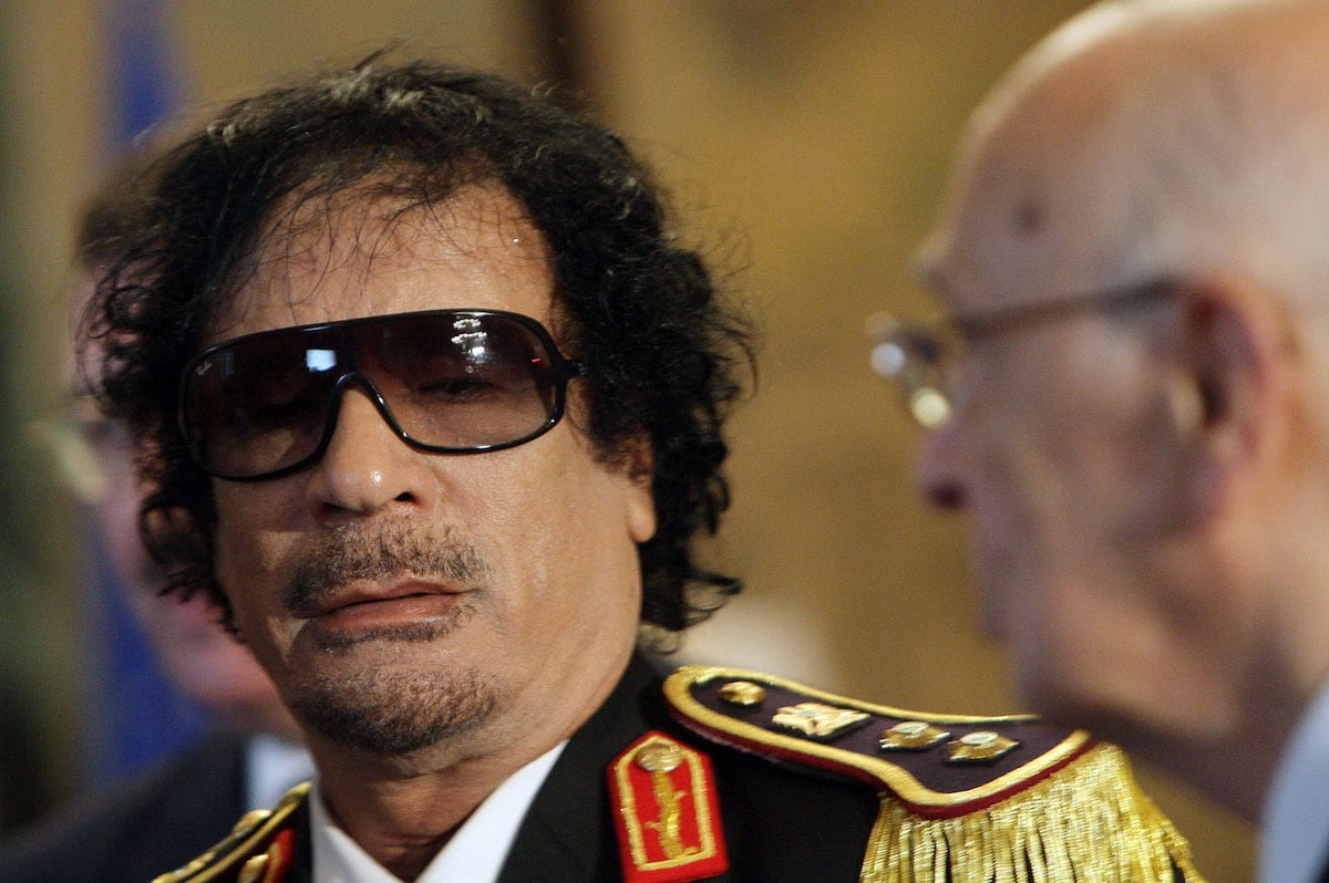 Libya's leader Muammar Gaddafi (L) attends a meeting with Italian President Giorgio Napolitano (R) at the Quirinale Palace on June 10, 2009 in Rome, Italy. [Franco Origlia/Getty Images]