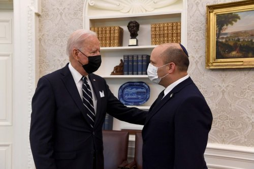 """WASHINGTON, USA - AUGUST 27: (----EDITORIAL USE ONLY – MANDATORY CREDIT - """"GPO / HANDOUT"""" - NO MARKETING NO ADVERTISING CAMPAIGNS - DISTRIBUTED AS A SERVICE TO CLIENTS----) Prime Minister of Israel Naftali Bennett (R) meets U.S. President Joe Biden (L) at the White House on August 27, 2021 in Washington, DC, United States. ( GPO - Anadolu Agency )"""