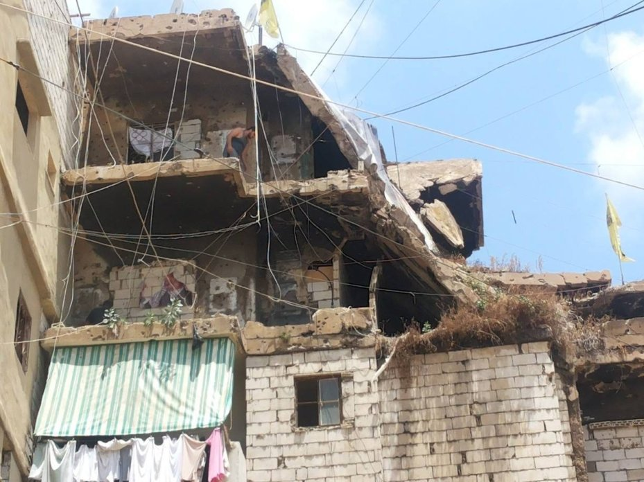 Refugee camps in Lebanon are dangerous places due to the lack of proper infrastructure [Khladoun Fahmawi/Mddle East Monitor]