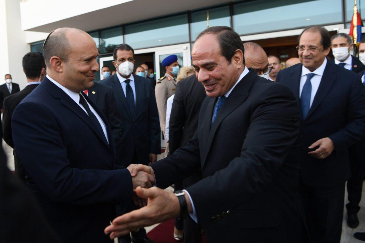 Prime Minister of Israel Naftali Bennett meets Egyptian President Abdel Fattah Al-Sisi in Sharm El-Sheikh, Egypt on September 13, 2021 [Israeli Government Press Of. (GPO)/Anadolu Agency]