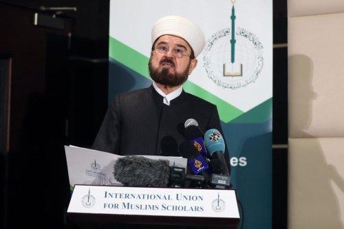 Ali Moheiddin al-Qaradaghi, Secretary-General of the International Union for Muslim Scholars (IUMS), speaks during a press conference in the Qatari capital Doha on December 1, 2017 [KARIM JAAFAR/AFP via Getty Images]