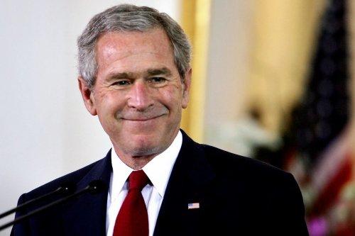 Thumbnail - 'You lied': Iraq war veteran shouts down George Bush