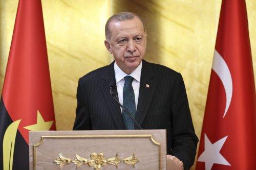 Turkish President Recep Tayyip Erdogan in Luanda, Angola on October 18, 2021. [Doğukan Keskinkılıç - Anadolu Agency]