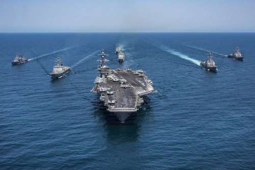 US Navy ships, 3 May 2017 [Z.A. Landers/U.S. Navy/Getty Images]