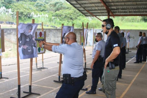 Panama police shoot targets in Arab clothing in Israel-run training course [@PedroUnderdog09/Twitter]