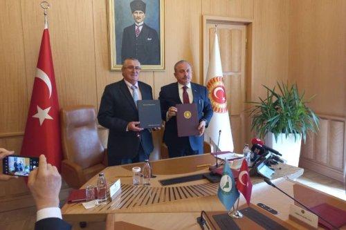 Jorge Pizarro Soto, the president of Parlatino with Speaker of Turkey's Grand National Assembly, Mustafa Şentop, in Ankara [Parlatino_org/Twitter]