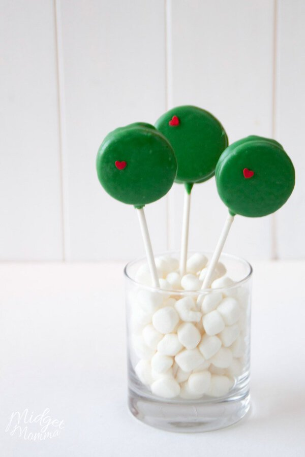 Grinch Cookies made with oreos