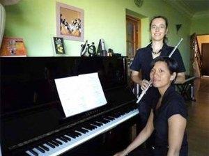 Mirana Randria et Agnès Joignerez vont à nouveau partager la scène. Photo d'archives
