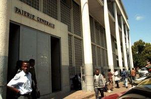 Les employés du Trésor Public ont pris l'initiative de mener une grève de dénonciation et d'avertissement ce jour. (Photo d'archives)