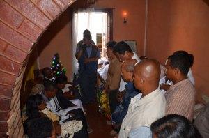 Dadou et ses colistiers ont présenté leurs condoléances à la famille des victimes. ( Photo Kelly)