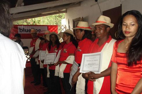 Blueline Gulfsat : Le personnel méritant décoré