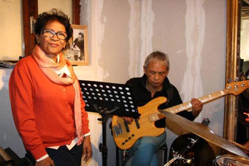 50 ans de musique : Fanja Andriamanantena… au Sunset Sunside !