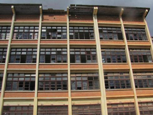 Lycée Jules Ferry : « Un besoin de réhabilitation immédiate ! »
