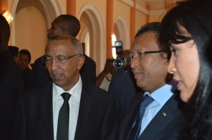 Le ministre Roland Ravatomanga serait obligé de gérer à la fois l'invasion acridienne qui menace notre pays et les différentes susceptibilités au sein de sa mouvance. (Photo Nary Ravonjy)