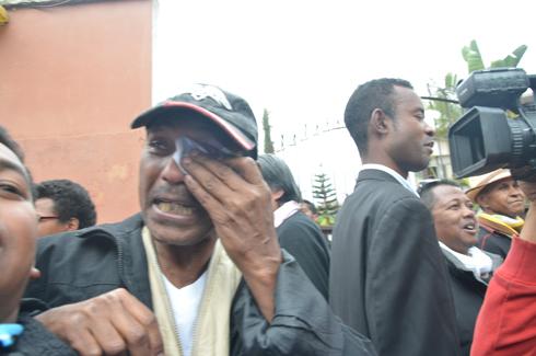 Jean Luc Rahaga et Didier Ramanoelina : Les deux journalistes racontent leurs 4 nuits à Antanimora