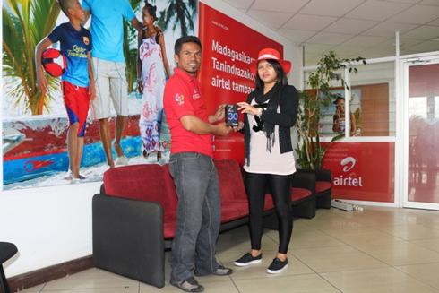 «My Team My Score» d'Airtel : Le Smartphone Blackberry Z 30 à Rakotondrania Lalaina Armand