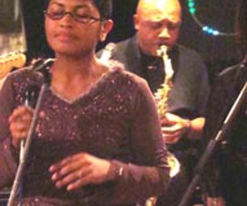 Cabaret : Solo et  Noro Andrianasolo pour une soirée très Jazzy au Art Sakafo