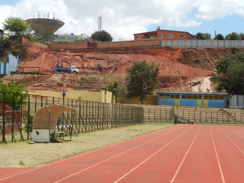 Stade Alarobia : Adieu veau, vache, athlétisme !