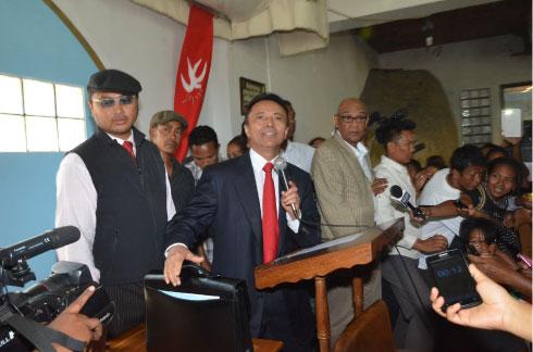 Ravalomanana est de retour : Il a été placé en résidence surveillée