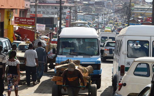 Circulation : Embouteillages,… attention à vos sacs!