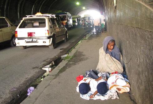 Ambohidahy : Une mère et ses triplés asphyxiés par les gaz d'échappement