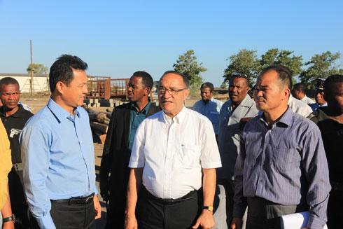 SUCOMA : Visite du PM Kolo Roger