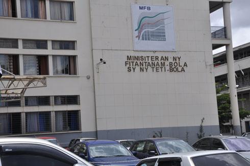 Investissements publics : Orientation dans les infrastructures stratégiques, préconise le directeur de l'AFD