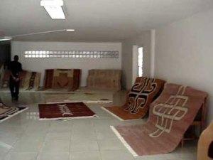 Les beaux tapis mohair d'Eric Mallet seront exposés à l'Is'art galerie pendant dix jours.