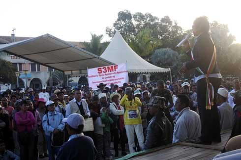 26 juin : Deux célébrations en parallèle à Mahamasina et sur la Place du 13 mai