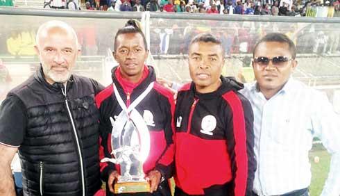 Football- Transfert : Dax Andriamirado au Kaiser Chiefs !