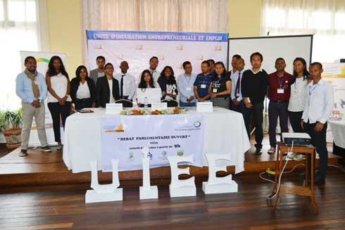 UIEE : Un débat parlementaire sur l'entrepreneuriat organisé