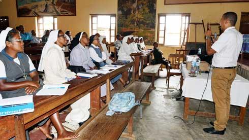 Direction nationale des Ecoles catholiques- CNaPS : 84 acteurs sensibilisés sur la protection sociale à Ambatondrazaka