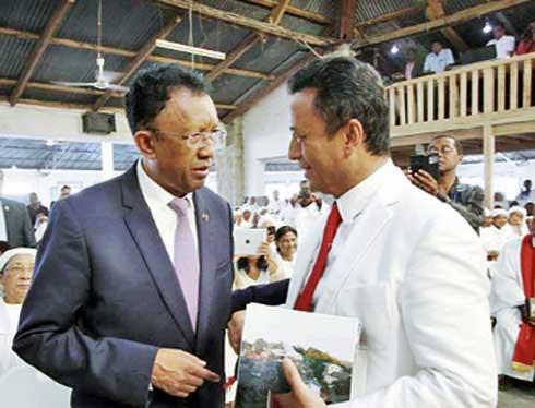 Législatives du 27 mai : Duel à distance entre Rajoelina et Ravalomanana