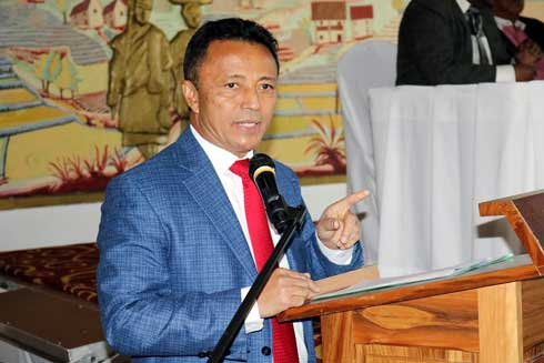 « Rodoben'ny Mpanohitra » : Marc Ravalomanana élu chef de file