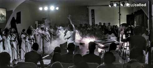 Tranon'ny Kanto : New Called emmène le public dans élan d'adoration