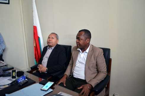 Les députés Rasolonjatovo Honoré et Abel Randrianarivelo : À la rescousse du ministre de l'Education Nationale