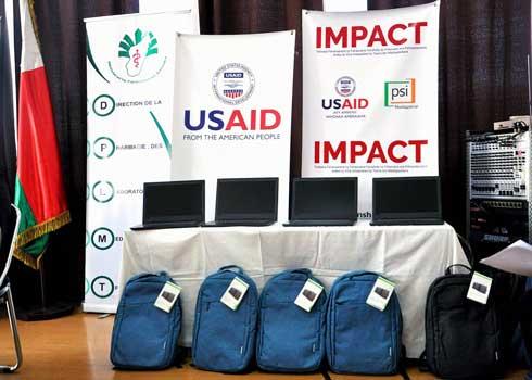 Gestion des produits de santé : 37 laptops fournis par l'USAID
