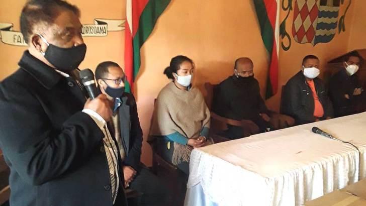 Conservation International :104 bidons de produits désinfectants pour le CCOD Moramanga