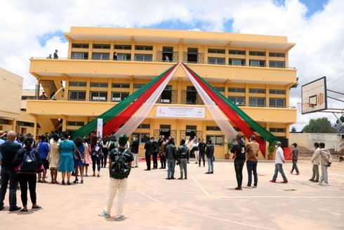 Education : Un nouveau bâtiment pour le lycée moderne Ampefiloha