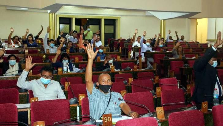 Assemblée nationale :Régime de retraite parlementaire en travaux de commission