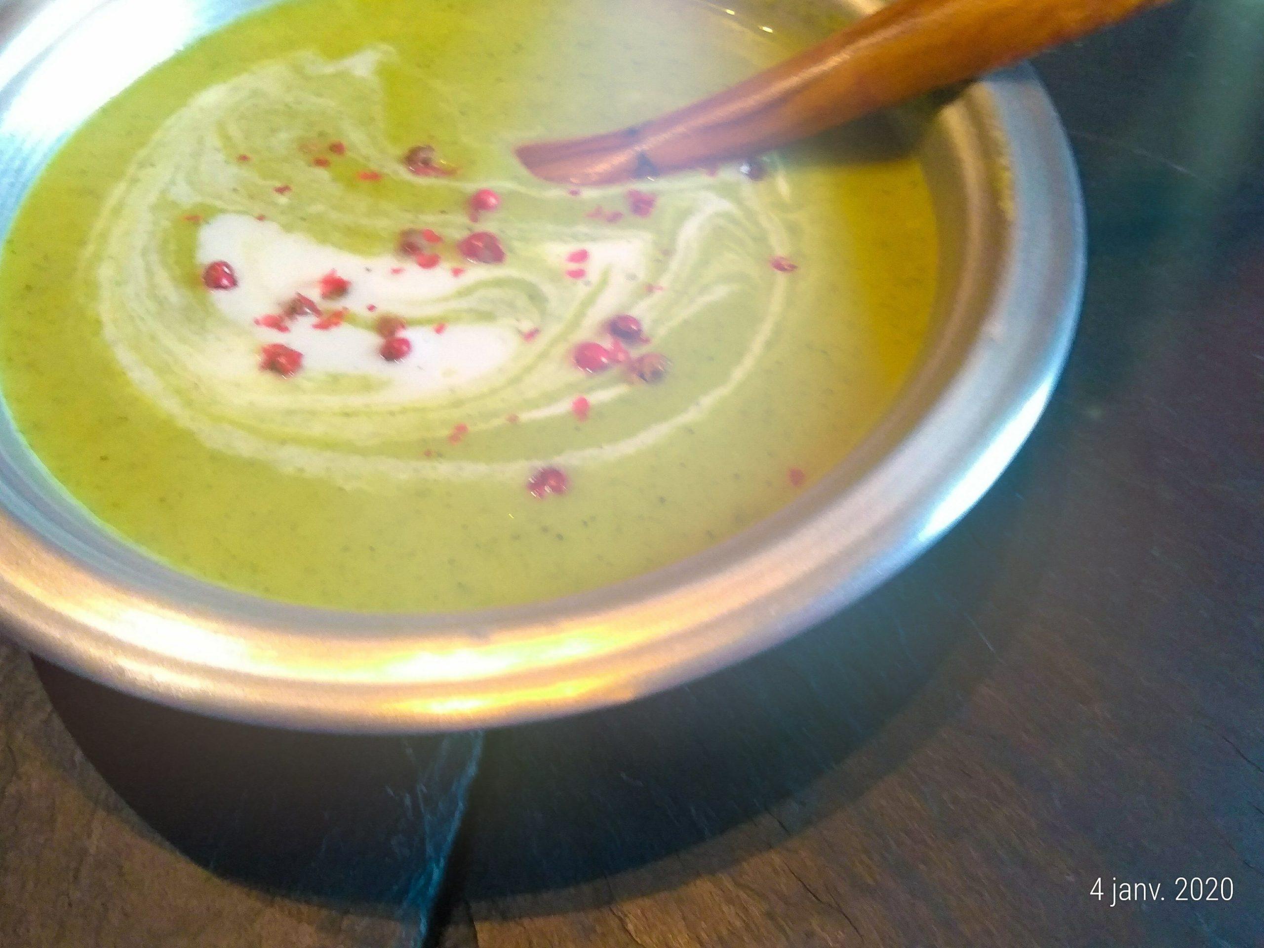 soupe détox poire brocoli