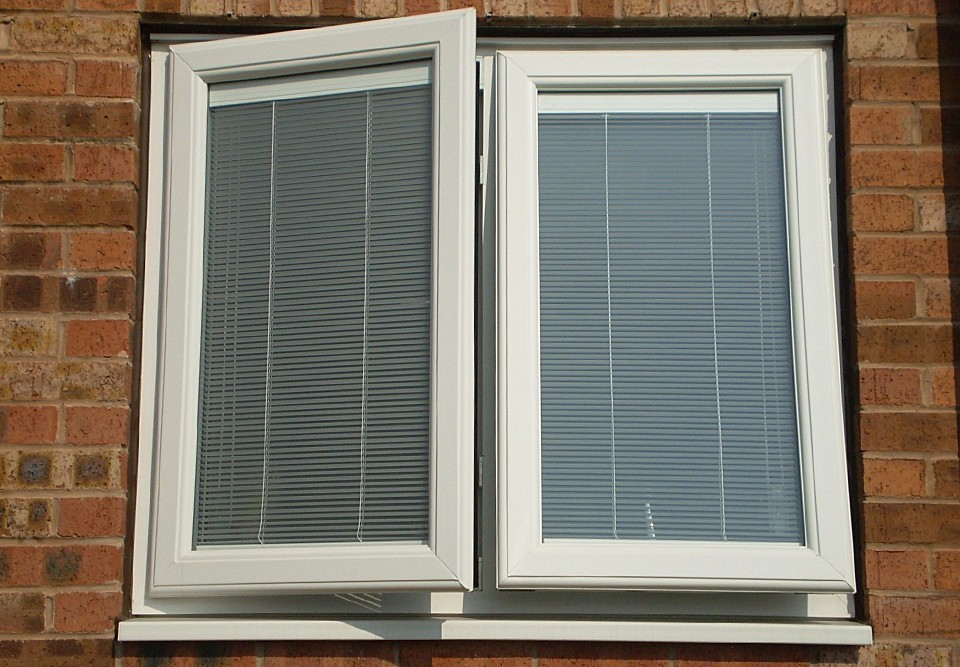 Innovative Integral Blinds Midland Bi Folds