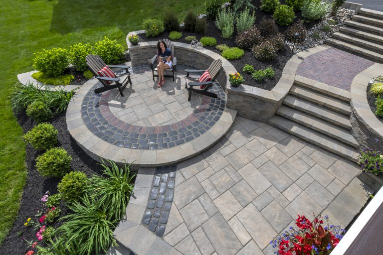 Unilock Beacon Hill flagstone patio