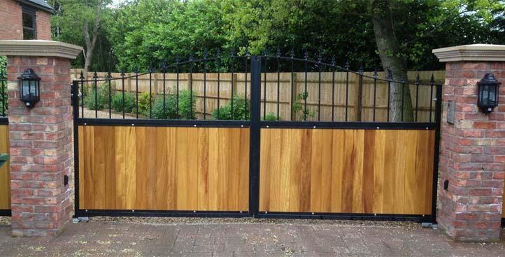 Isambard Timber Infill Gate