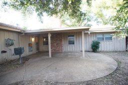 2609-maxwell-dr-midland-texas-backyard2
