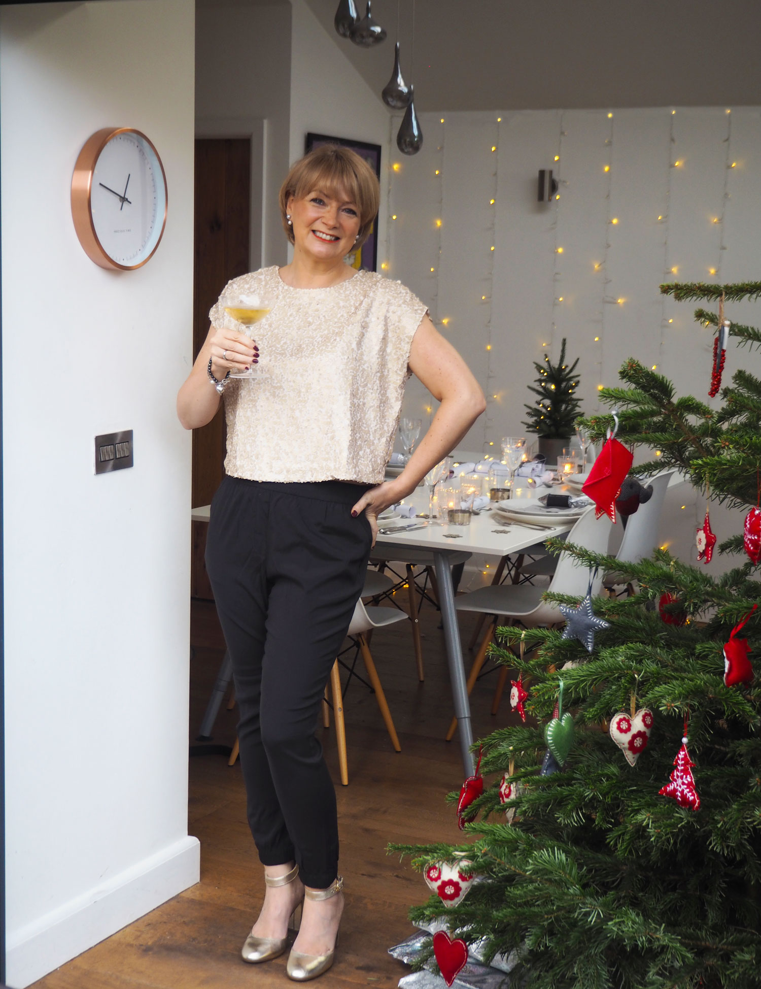 Happy twixmas 6 christmas outfits midlifechic for Boden christmas 2016