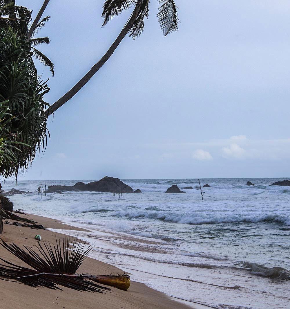 Need some good reasons and inspiration to go to Sri Lanka? Check out my favorite twenty-something Sri Lanka photos & go now!