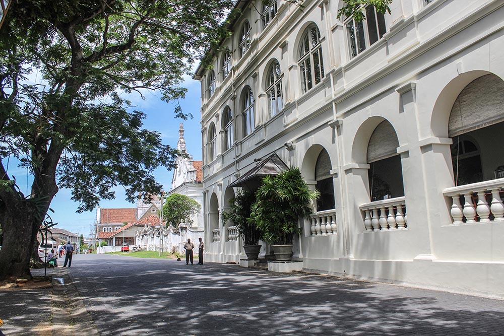 The Amangalla – Sleeping in Peace in Sri Lanka.