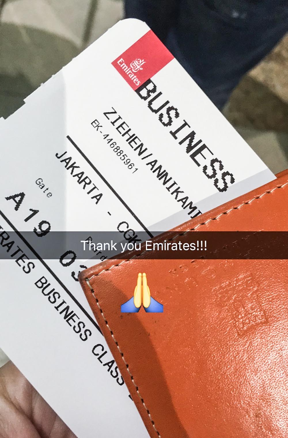 How do you make the most of a missed connection? On a 48-hour trip via Dubai to Jakarta I learned what to do and what not to do.